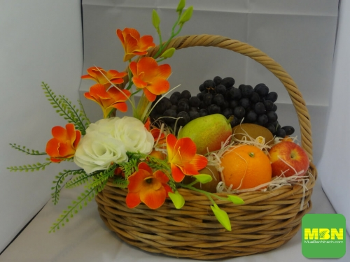 Giỏ trái cây làm quà tặng 20/10 - Món quà cho sức khỏe và sắc đẹp, 281, Thanh Thúy, Giá bao nhiêu, 18/10/2018 17:18:46